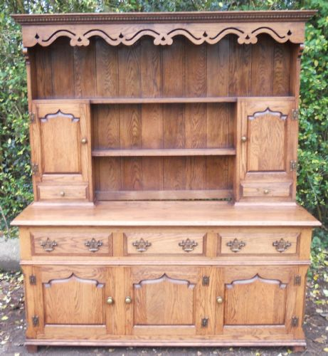 Quality Oak Welsh Dresser